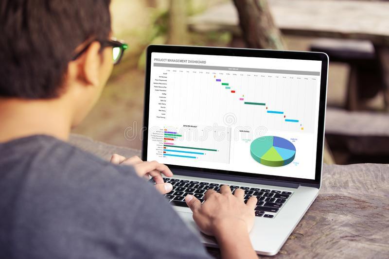 Основы Excel — курс от команды Мегафон Образование