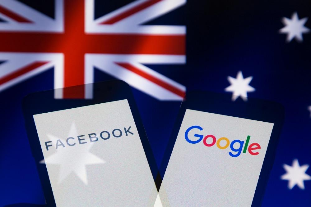 Facebook заявила, что отказ от новостей не повлияет на бизнес и отказалась делиться доходами с австралийскими СМИ