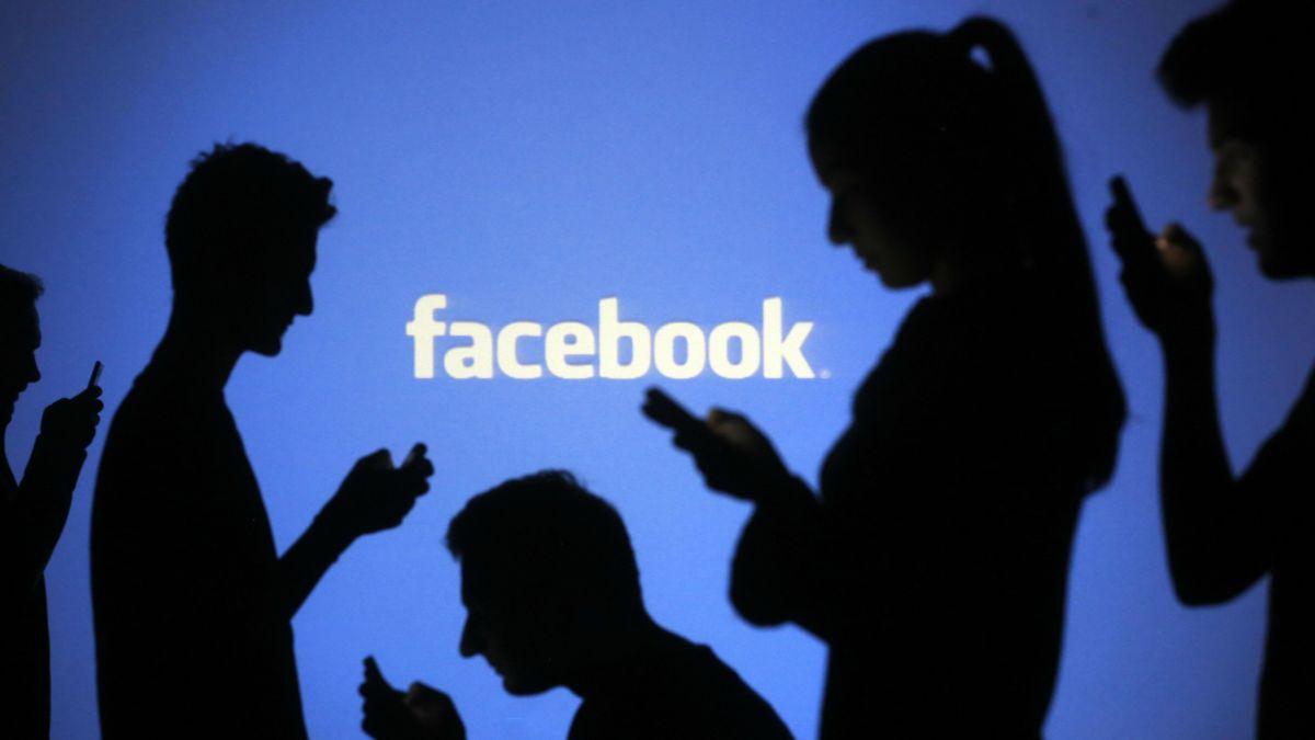 Facebook объявила о крупнейшей в истории США программе информирования перед выборами