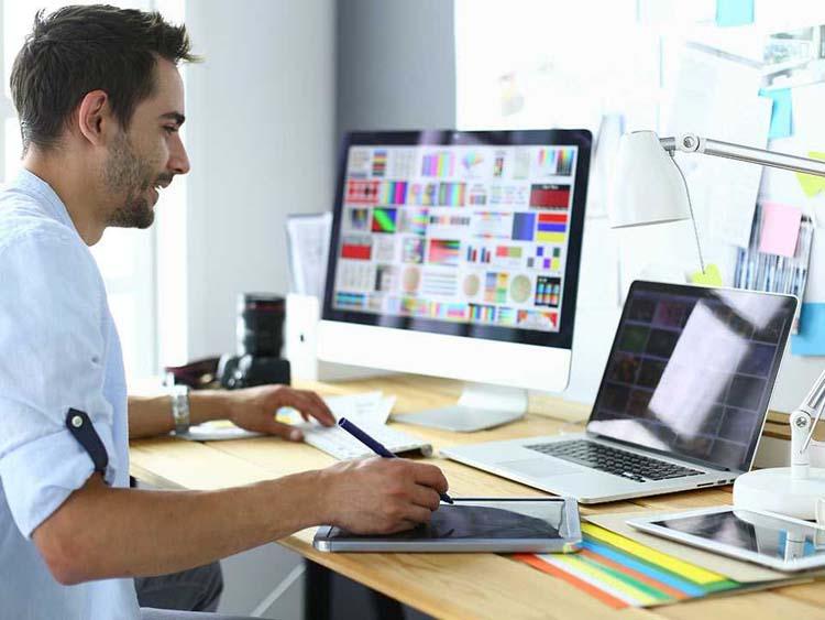 «Яндекс.Практикум» запустил курсы интернет-маркетологов и дизайнеров интерфейсов
